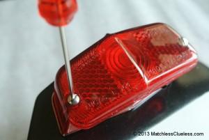Reassembling the rear lamp unit